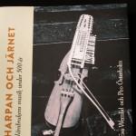 Harpan och järnet bokomslag